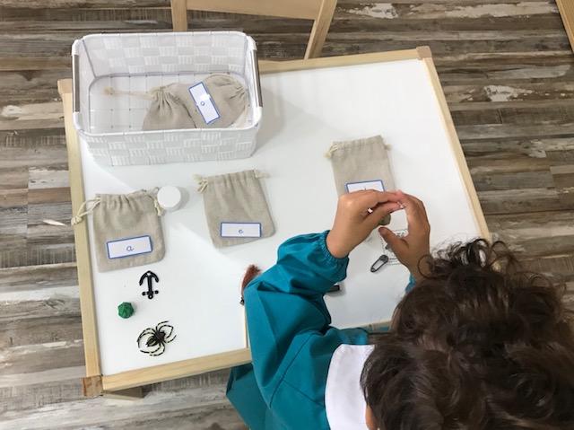 Introducción a la lecto-escritura en Children's House