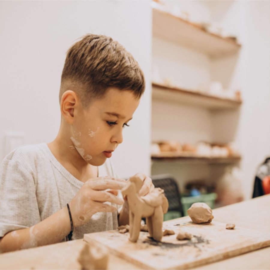 programa de enriquecimiento esculrtura y cerámica
